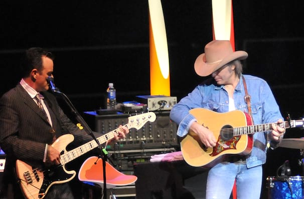Dwight Yoakam coming to Knoxville!